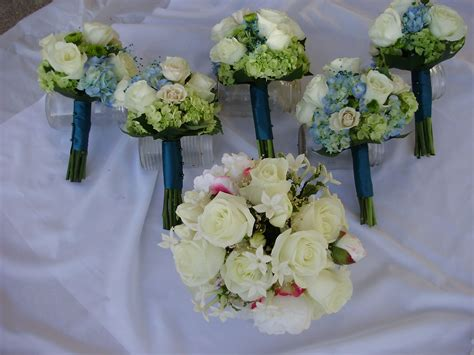 teal  lime green wedding flowers   passionate