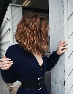 Carré Plongeant Long Bouclé : coupe carr plongeant cheveux ondul s ~ Melissatoandfro.com Idées de Décoration