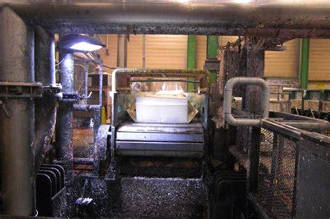 fabrication du papier toilette les secrets de fabrication du papier toilette lotus quotidien des usines