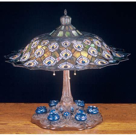 Meyda 49869 Tiffany Peacock Feather Table Lamp