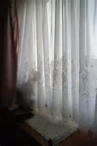 nouveaux rideaux pour cause de chats coquins chez laramicelle