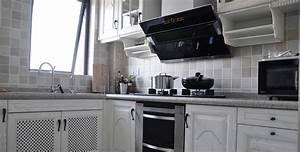 A Basic Guide To Kitchen Cooker Hoods In Malaysia