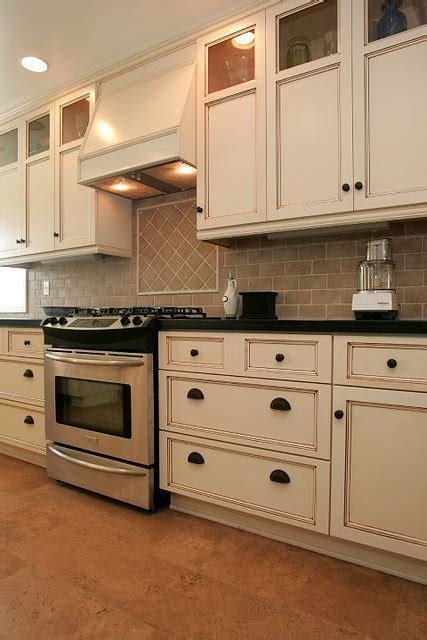white wash kitchen cabinets 22 best images about whitewash knotty pine on 1486