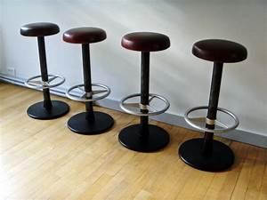 Tabouret De Bar Retro : tabouret de bar vintage jpg chaises tabourets lampes luminaires eclairages ~ Teatrodelosmanantiales.com Idées de Décoration