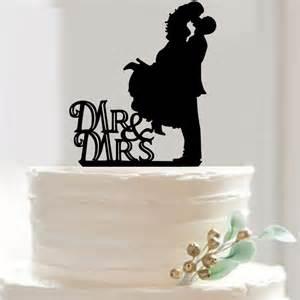 cheap wedding cake toppers aliexpress buy acrylic and groom wedding cake topper wedding cake stand wedding