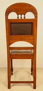 Antike Stühle Jugendstil : vier jugendstil st hle aus eiche mit gedrechselten s ulen ~ Michelbontemps.com Haus und Dekorationen