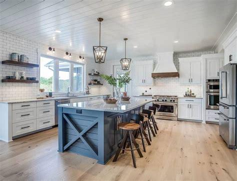 elegant kitchen   quintessential farmhouse dream