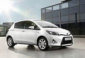 Toyota Yaris Hybride Chic : la toyota yaris hybride remporte le grand prix auto environnement maaf 2012 ~ Gottalentnigeria.com Avis de Voitures