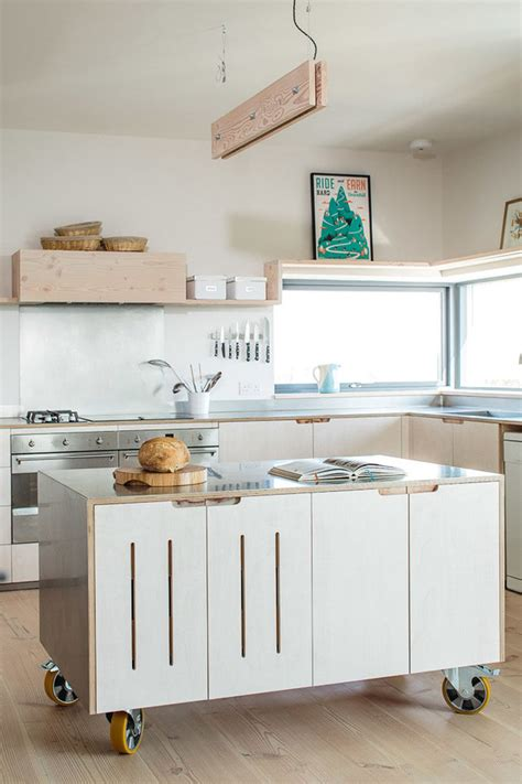 kitchen islands movable 8 exles of kitchens with movable islands that make it