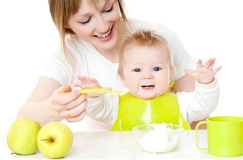 cuisine bebe comment évaluer l équilibre alimentaire chez bébé