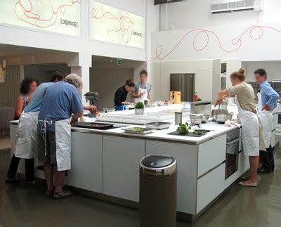 un cour de cuisine un cours de cuisine à 20 les bons plans de naima