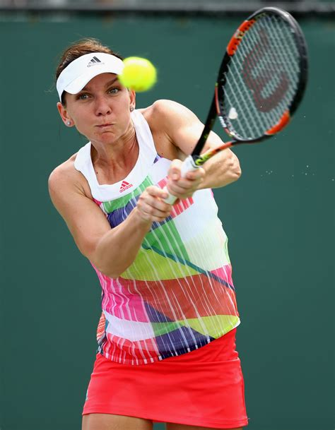 Simona Halep fans took over Miami, or were simply louder than an apathetic Miami crowd.