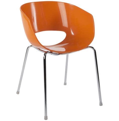 chaise design plastique orange tous les objets de