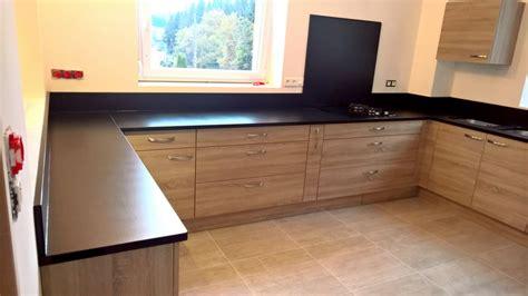 cuisine granit noir plan de travail cuisine en granit marbre marbres