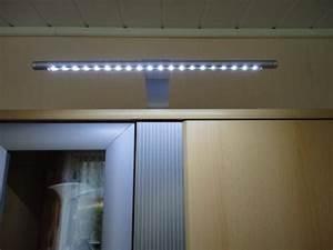 Schrankbeleuchtung Mit Bewegungsmelder : led kleiderschrank innenbeleuchtung lichthaus halle ~ Michelbontemps.com Haus und Dekorationen