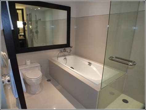 Kleines Bad Mit Dusche Und Badewanne  Badewanne House
