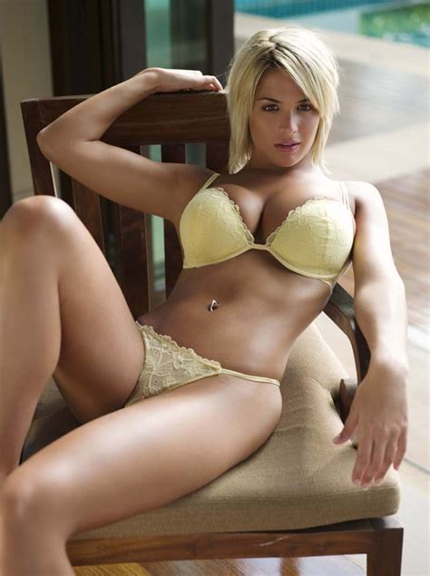 Gemma Atkinson en lingerie