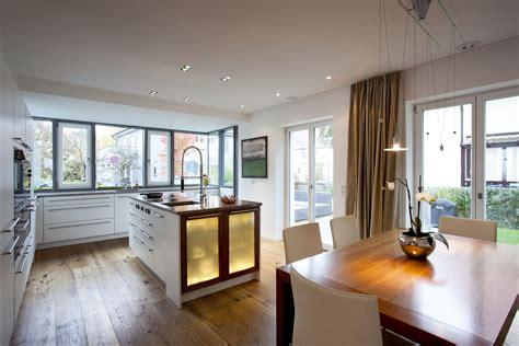 Deckenbeleuchtung Küche Planen by Das Gira Knx System Lichtszenensteuerung Auch In Der
