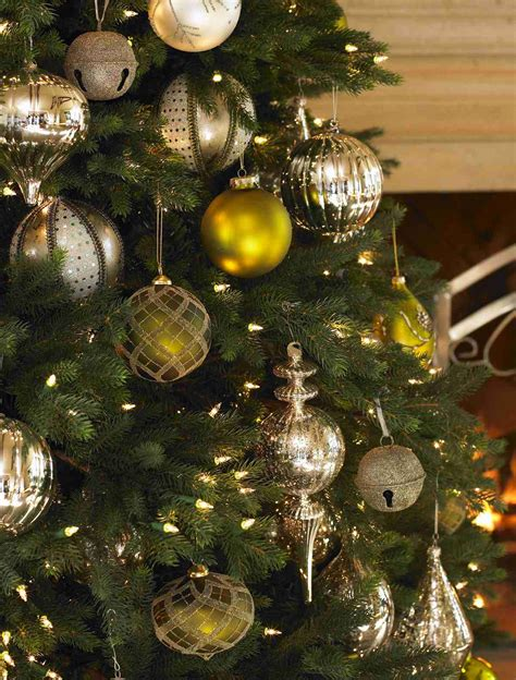 colorado mountain spruce christmas tree decorating ideas