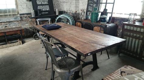 Table De Salle à Manger Industrielle Extensible