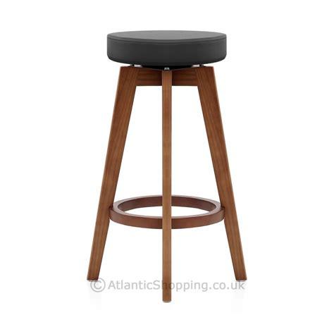 chaise haute de cuisine pas cher tabouret de bar sans dossier maison design bahbe com
