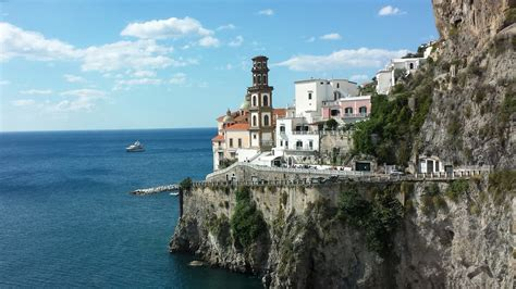 The 12 Best Hiking Trails In Italy