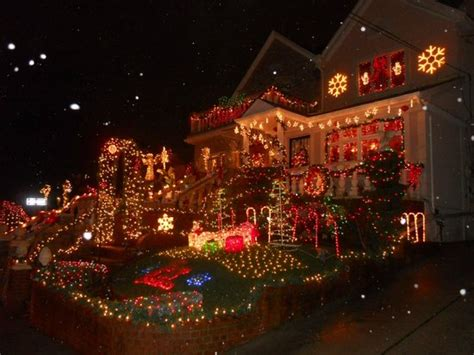 christmas lights tour brooklyn ny dyker heights brooklyn ny top tips info to know