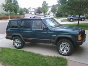 96 Cherokee - Red Door Trim