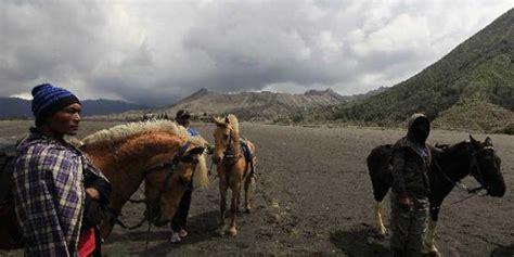 pasuruan bangun sarana wisata  lereng gunung bromo