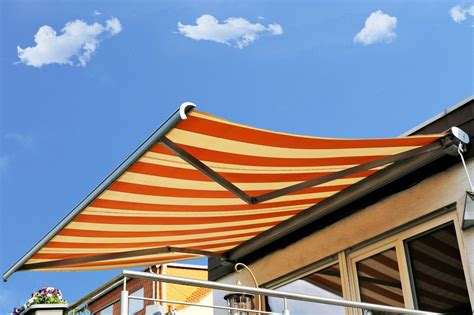 cost  install  retractable awning retractable awning prices