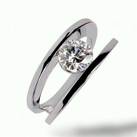 bague de fiancaille moderne bague fiancaille diamant originale