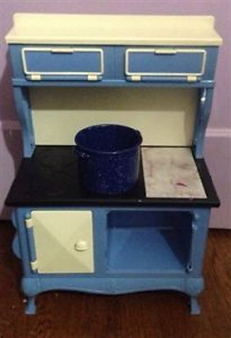kitchen stove accessories american dolls accessories blue kitchen stove with 3201