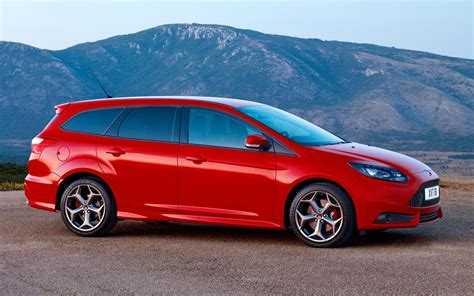 2012 Ford Focus St First Look
