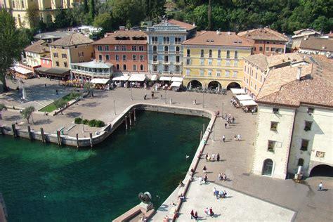 Riva Boats Wiki by Datei Riva Garda From Torre Apponale Jpg