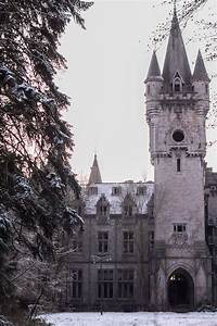 This Hauntingly Beautiful Abandoned Castle Has a Harrowing ...