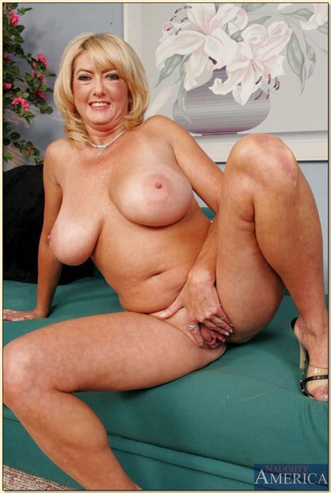 Naughty america mature porn - Nupicsof.com