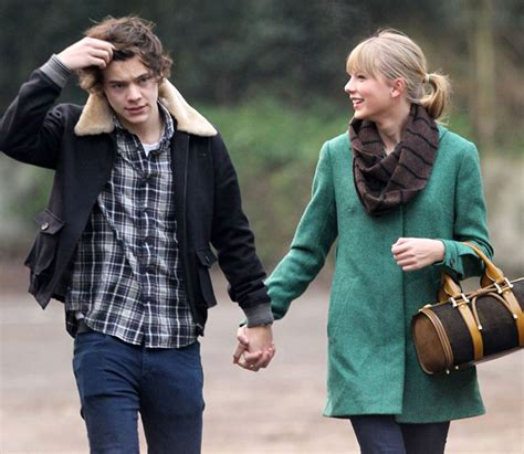 Taylor Swift and Harry Styles' NYE Kiss: Is He Just Not ...