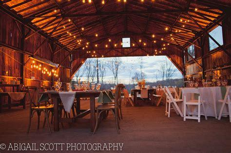 hangar  candlelight farms  connecticut wedding