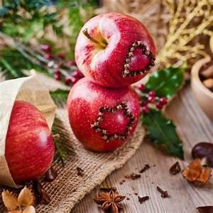 Einfache Herbstdeko Tisch : dekorieren im herbst mit materialien aus der natur ~ Markanthonyermac.com Haus und Dekorationen