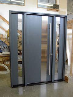 modern doors modern front doors   fiberglass doors