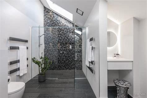 Modern Bathroom Mosaic Design mosaic feature walls add sparkle to modern bathroom design