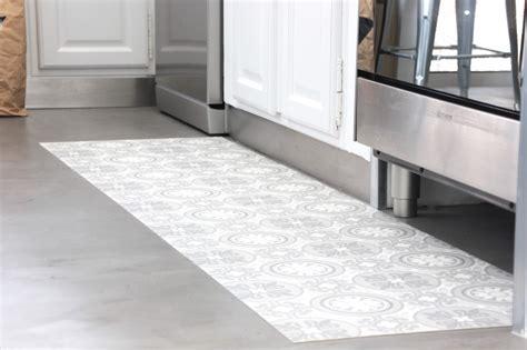 vinyl cuisine regardsetmaisons mon tapis vinyle carreaux de ciment diy