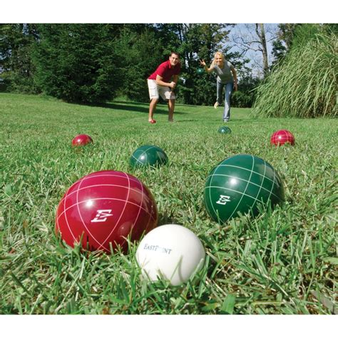 Yard Games that Will Make Your Backyard Party a Huge Hit ...