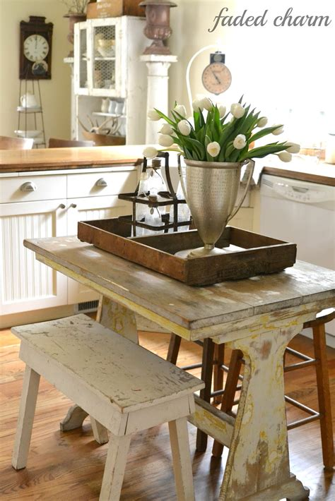 country kitchen table faded charm tulips in the kitchen