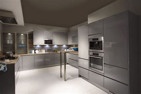 gloss grey kitchen cabinets light grey gloss kitchen cabinets home design ideas 3846