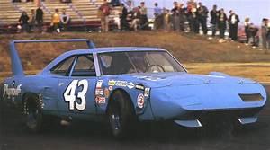 Richard Automobile : the nascar legend 1970 plymouth superbird ~ Gottalentnigeria.com Avis de Voitures