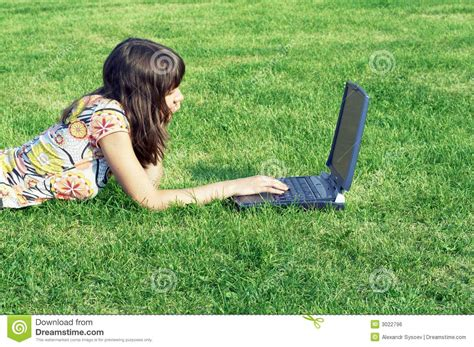 Teen Girl In Outdoor Study Royalty Free Stock Image Image 3022796