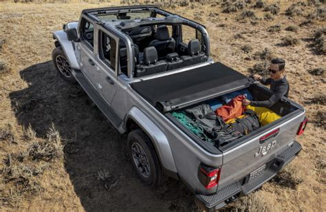 jeep gladiator tonneau bo stillwater fury motors