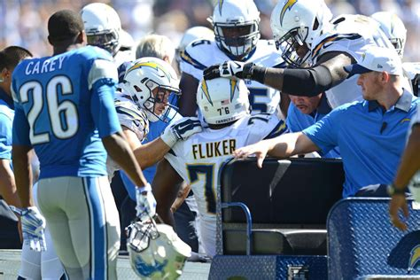 San Diego Chargers G/t D.j. Fluker Out 4-6