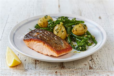 10 twists on 39 s salmon pesto dressed veg